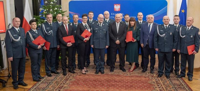 Minister Finansów wyróżnił funkcjonariuszy i pracowników KAS z Podkarpacia