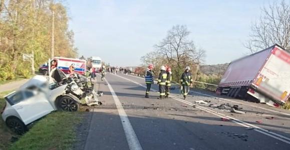 Tragiczny wypadek w Babicy koło Rzeszowa . Zginęła kobieta