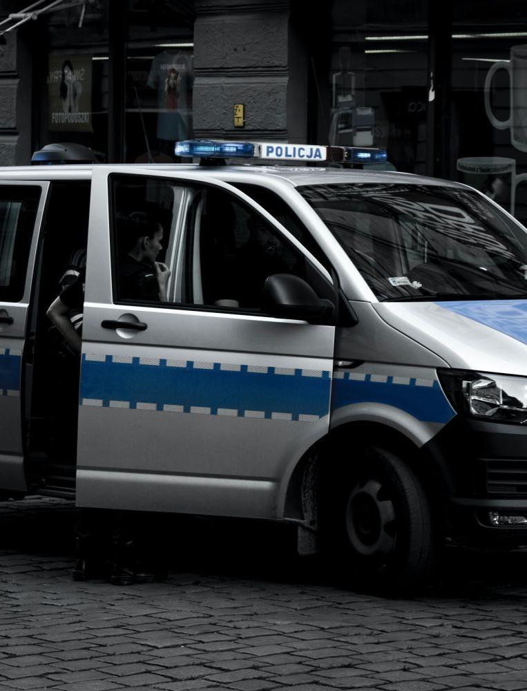 Pijany kierowca busa. Chciał dojechać do… Holandii