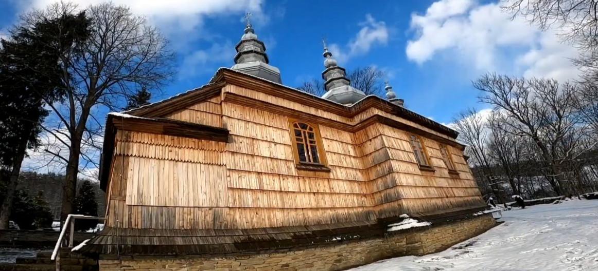 Bieszczadzkie cztery cerkwie. VIDEO zakochanego w górach operatora i fotografa (FILM, ZDJĘCIA)