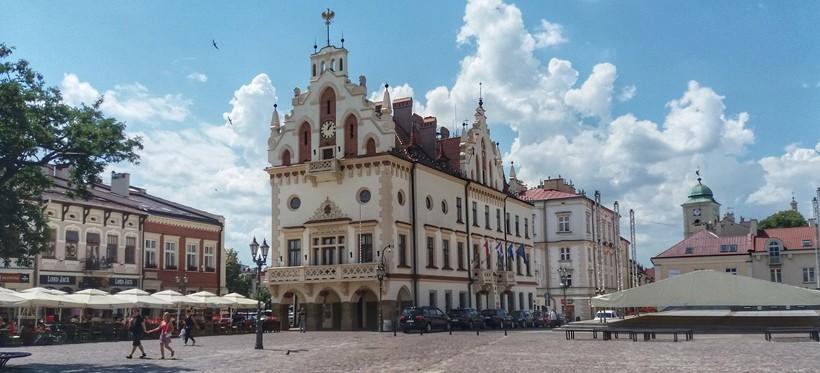 Rzeszów i dwa inne miasta z regionu zwiększą swój obszar w nowym roku