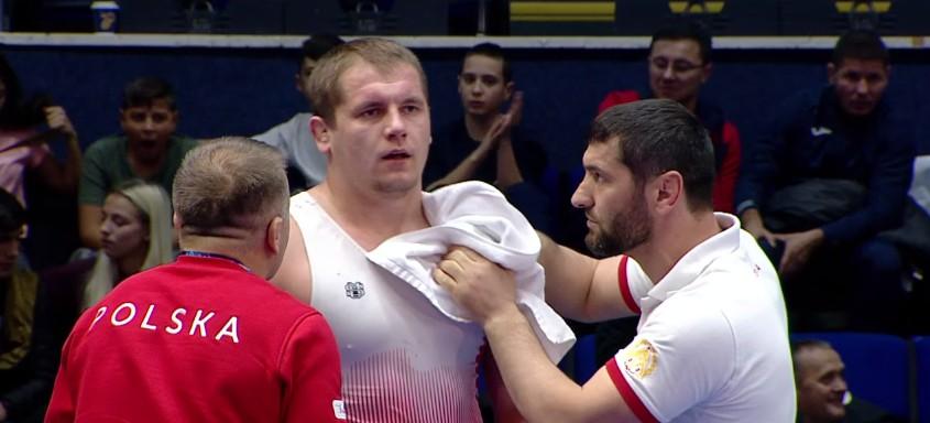 Rzeszowski zapaśnik walczył o finał Mistrzostw Świata U23 w Bukareszcie (WIDEO)