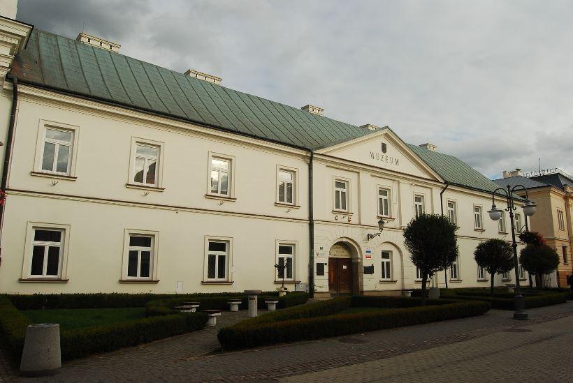 3_Rzeszów,_zespół_klasztorny_pijarów,_1642-1646,_1703-1707