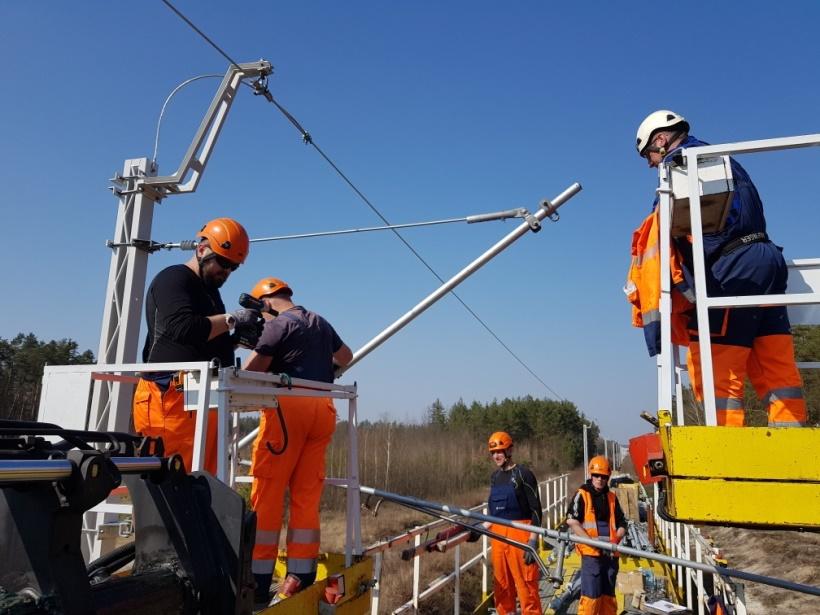 Elektryfikacja_trasy_Ocice_-Rzeszow__fot._PKP_Energetyka