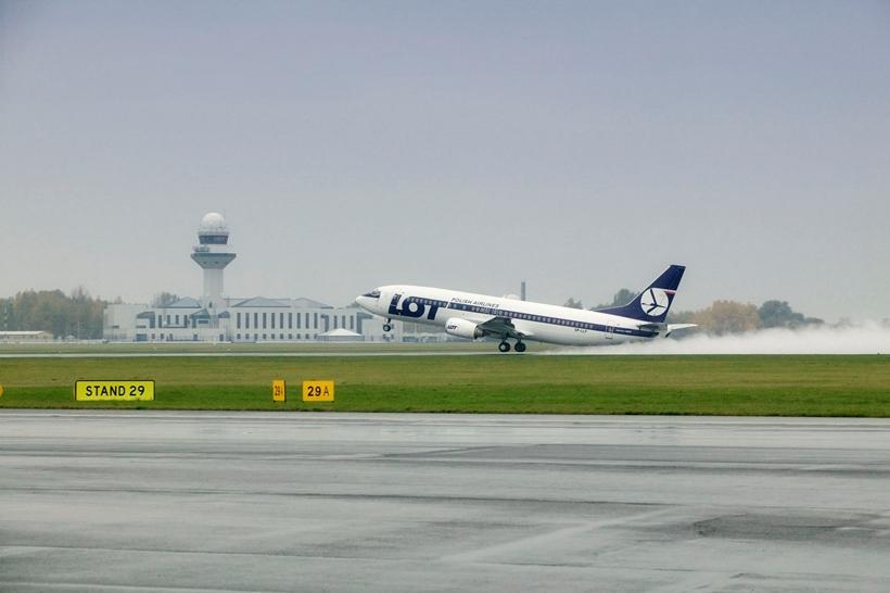 LOT+Boeing+737+(1)