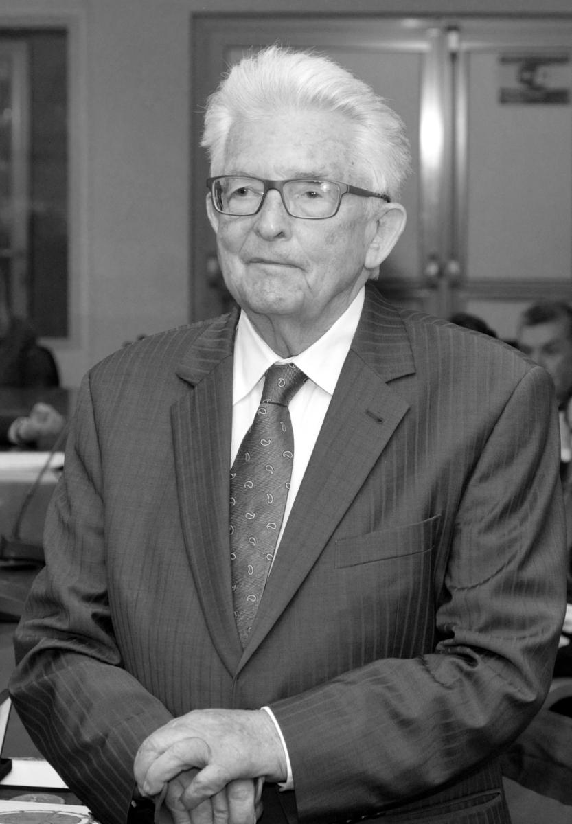 Prof. Wiesław Skrzydło