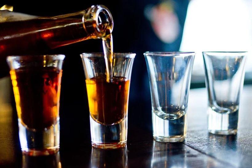 alcohol-2275837_960_720