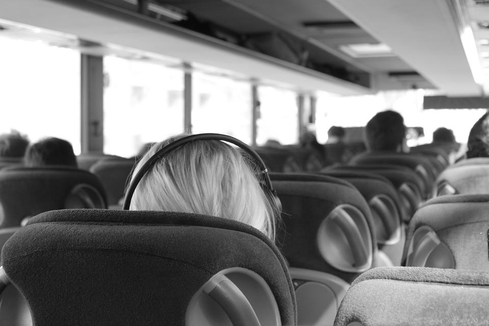 bus-2844405_960_720