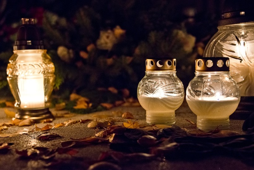 candle-1785707_960_720_1