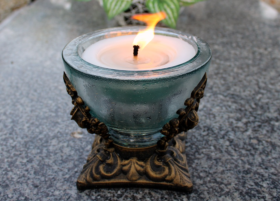candle-2918275_960_720