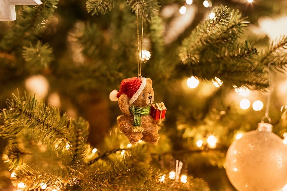 christmas-tree-3852471_960_720