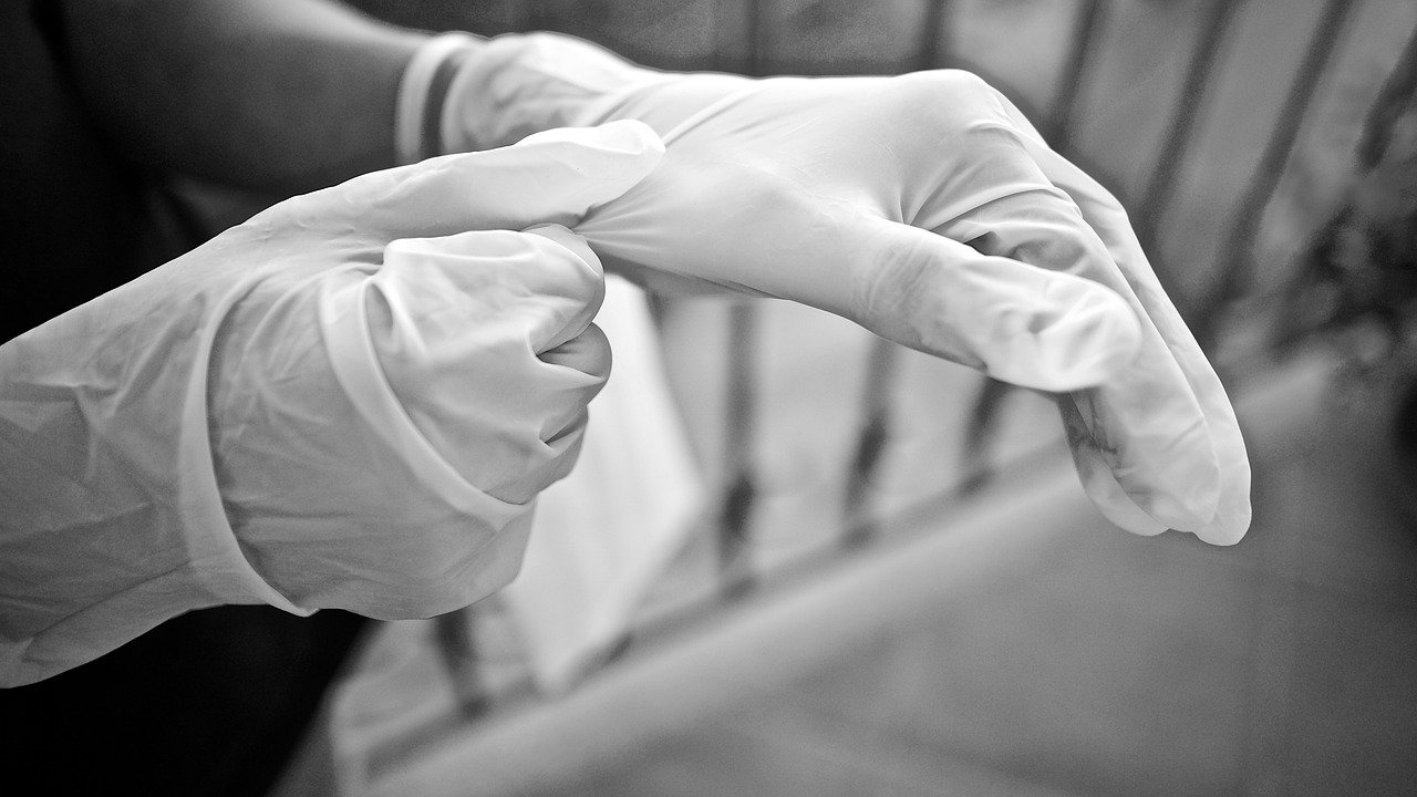 gloves-5155220_1280