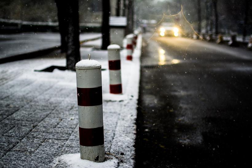 snow-1917659_1280