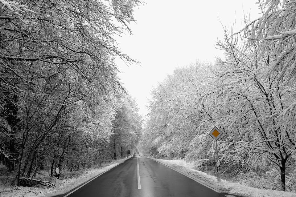 snow-3166427_960_720