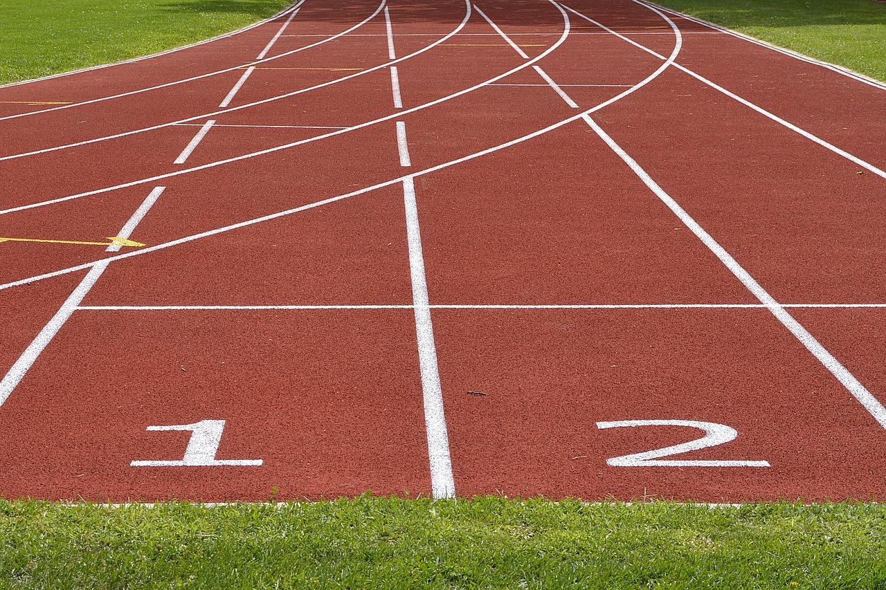 tartan-track-2678544_1280_1