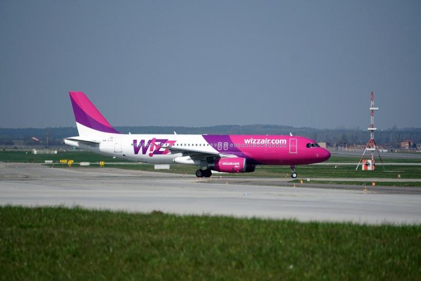 the-plane-2218601_960_720