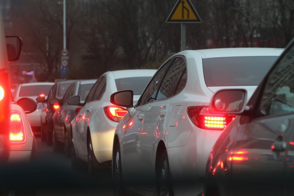 traffic-jam-688566_960_720_2